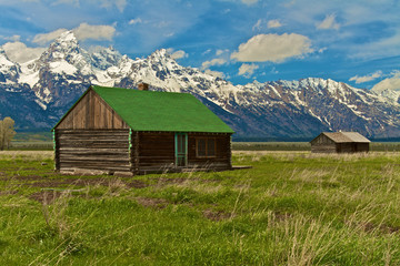 arn on Mormon Row at the base of the Grand Tetons, Wyoming.