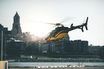 Poster Helicopter Helicopter TakeOff - New York