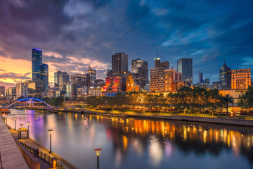 City of Melbourne. Cityscape image of Melbourne, Australia during dramatic sunset. Fotomurales