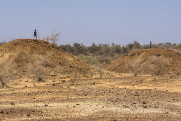 Photo sur Aluminium Pôle Dry river bed and view of the landscape near Niger River, Niger, Africa