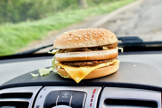Cheeseburger in car