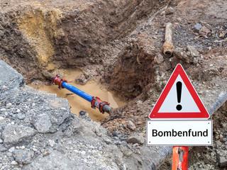 Warnschild Bombenfund