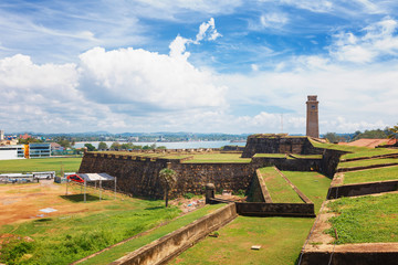 Photo sur Plexiglas Fortification Anthonisz Memorial Clock Tower in Galle Historical Dutch Fort, Flag Rock Bastion, Sri Lanka
