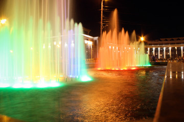 Фонтан в Казани ночью