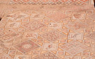 Giordania, 04/10/2013: dettagli dei mosaici delle chiese bizantine trovati a Jerash, l'antica Gerasa, uno dei più grandi e meglio conservati siti di architettura romana al mondo