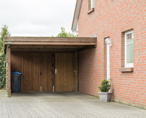Carport eines Hauses