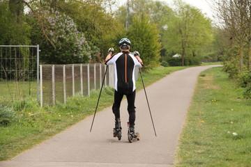 Rollerski fahren