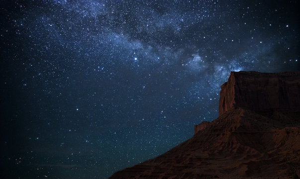 Milky way in monumento Valley
