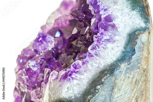 Fototapete Close up Amethyst crystal a semiprecious gem