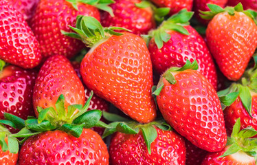 Fototapete - Erdbeeren rot süß saftig Beeren Obst Hintergrund