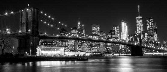 Spoed Foto op Canvas New York City B&W Brooklyn Bridge, New York, USA
