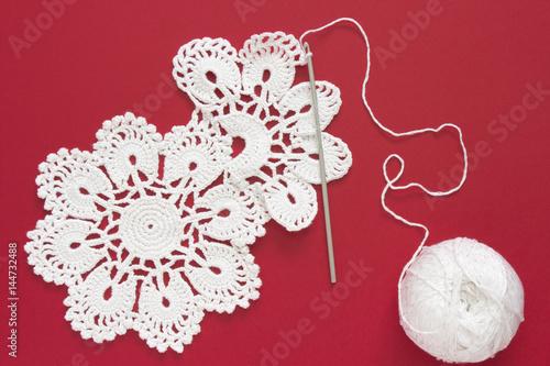 White Vintage Crochet Doily Cotton Yarn For Knitting Crochet Hook