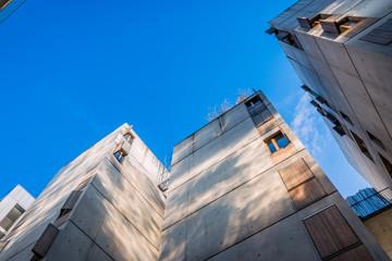 Détails d'architecture dans le quartier de Confluence à Lyon