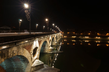 Night scenes of Toulouse archtitecture, bridges and streets.
