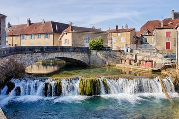 Pont de l'avenue Pasteur à Arbois en France