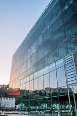 Immeuble dans le quartier de Confluence à Lyon
