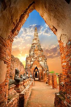 Wat Chaiwatthanaram temple. Ayutthaya Historical Park, Phra Nakhon Si, Ayutthaya, Thailand