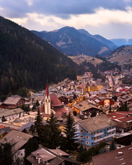 Fotomurales - Aerial View of Selva Val Gardena in the Evening, Val Gardena, Dolomites, Italy