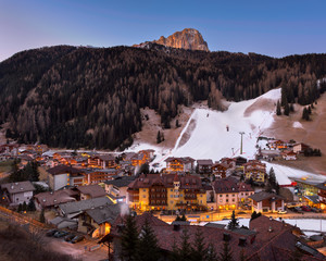Fotomurales - Selva Val Gardena in the Morning, Val Gardena, Dolomites, Italy