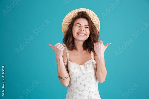 freesexmove-free-naked-young-girl-thumbs