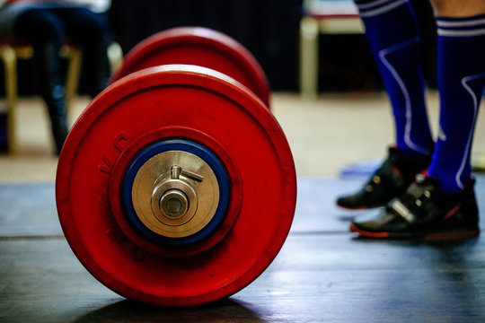 barbell for deadlift and foot athlete powerlifter competitions in powerlifting
