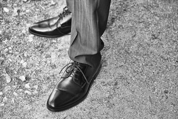 dettaglio scarpe da uomo eleganti