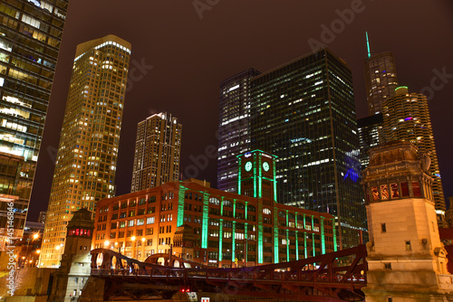 Fototapete Chicago downtown at night