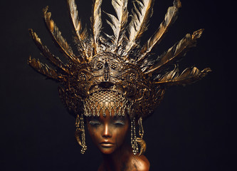 Foto op Plexiglas Bestsellers Bronze statue with head decoration