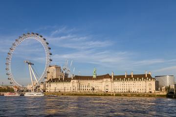 London tourist train known as the London Eye