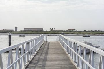 Boardwalk to boats