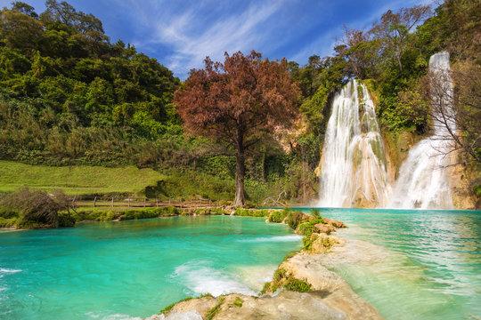 Cascada de Minas Viejas Mexico