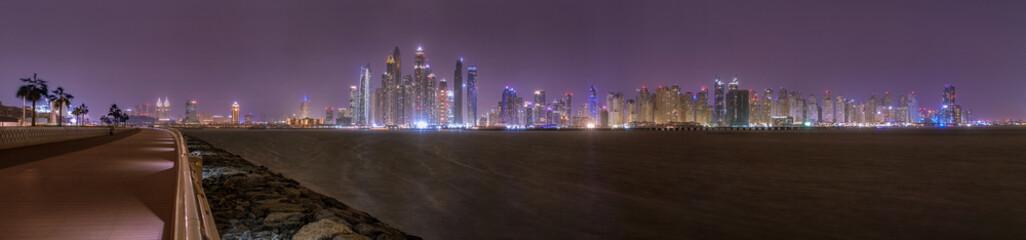 Dubai Boardwalk und Dubai Marina