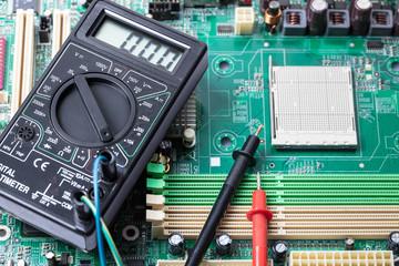 Electronic measuring tool close-up