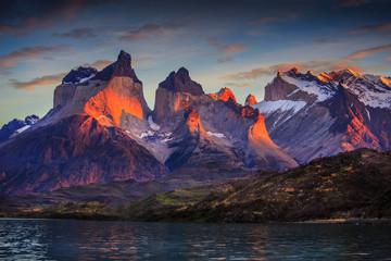 góry, wzgórza, jezioro, skała, patagonia