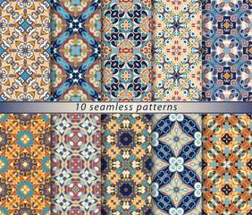 Set of seamless oriental patterns