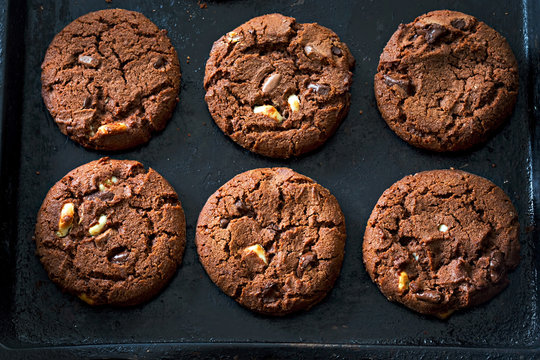 Triple dark, milk and white chocolate cookies