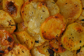 baked potatoes slices
