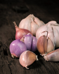 Garlics and red onion