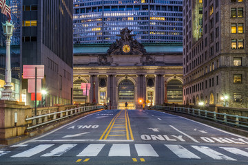 Grand Central Terminal in New York City at night Fotomurales