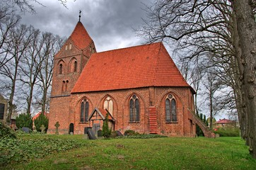 Dorfkirche aus Backstein