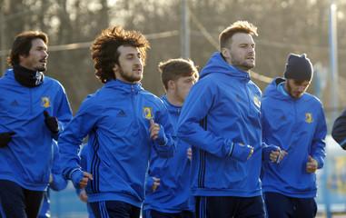 FC Rostov's Vladimir Granat and Khoren Bayramyan during training