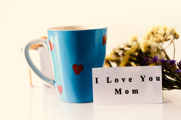 Mother's day, I love you mom text on card