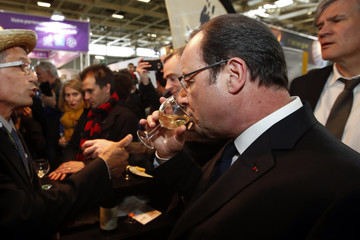 French President Francois Hollande visits the International Agricultural Show in Paris