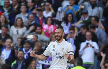 Football Soccer - Real Madrid v Alaves - Spanish La Liga Santander