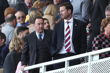 Middlesbrough chairman Steve Gibson looks dejected at the end of the match