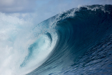 Large scale wave, Tahiti, South Pacific