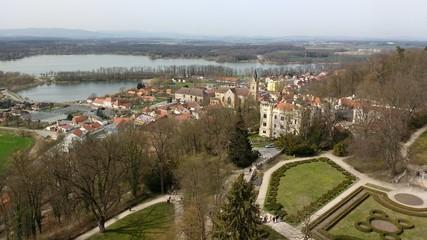 hluboka nad vltavou in Tschechien - Blick vom Schloss