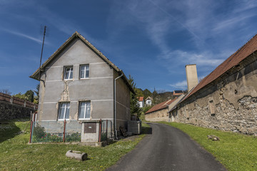 Kamyk village and ruin of castle