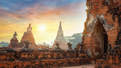 Wat Chaiwatthanaram temple in Ayutthaya Historical Park, a UNESCO world heritage site, Thailand
