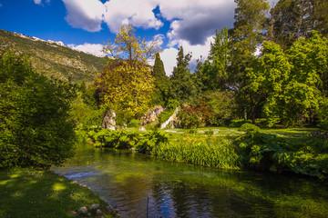 Incantevole giardino di Ninfa in Lazio